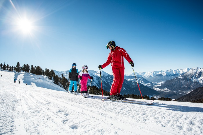 Ski courses for young and old